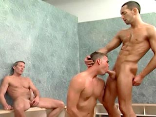 gay mature sauna suce hetero