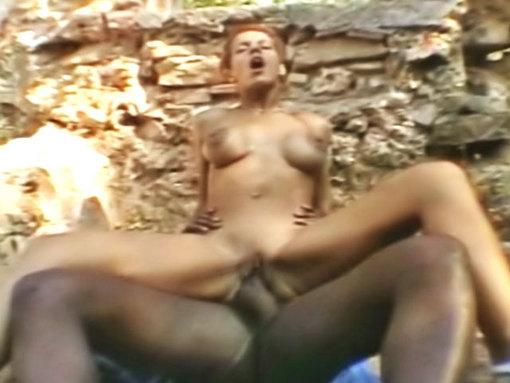 Beurette défoncée en forêt un Joachim !!!