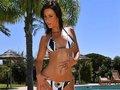 Double enfilade d'une salope en bikini