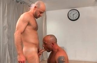 Lutteur enculeur xvideos gay