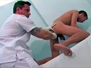 Une bonne adresse pour se faire soigner la bite videos gay