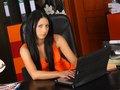clip La secrétaire fait sa chaudasse sur son bureau