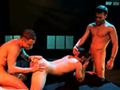 video de sexe Deux grosses bites se tapent un passif bien chaud de l'anus