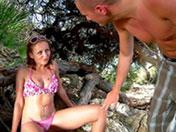 Krystal sirote une teub dans les bois