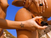 Shanis et Jordanne se font démonter sur la plage