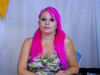 Miss cheveux rose se fait niquer par Rob Diesel