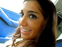 Jeune latina baisée dans la pampa