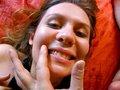 Victoria Delice l'�tudiante en pornographie - Aujourd'hui Terry re�oit dans sa chambre la succulente Victoria D�lice qui �tudie le porno depuis 3 ans. La belle se fera baiser comme une reine pour notre plus grand plaisir et recevra une bonne gicl�e de foutre dans sa bouche qu'elle avalera goulument.
