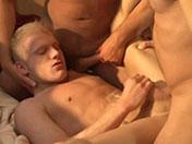 extrait numéro 5 de la vidéo gay