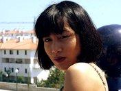 Rondelle asiatique décapsulée sur une terrasse