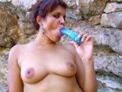Mature black to fuck on pebbles