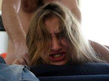 Val fistée par son mec et enculée par le caméraman