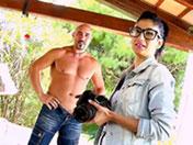 Fotógrafo morena follada por su modelo