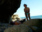 Naomi la ninfa nera da spiaggia si scopa Kevin