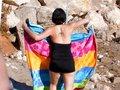 Elodie l'Emo girl qu'on trombine sur une serviette de plage