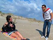Abordada en una playa y follada en la costa