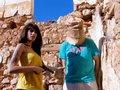 Naty Pink baise un touriste avec un sac en papier sur la tronche