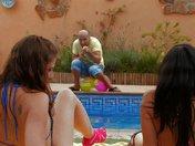 2 chaudasses, 1 clown, 1 piscine, plein de possibilités