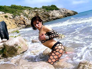Video porno Mature sans tabous kiffe la balnéo-sodo