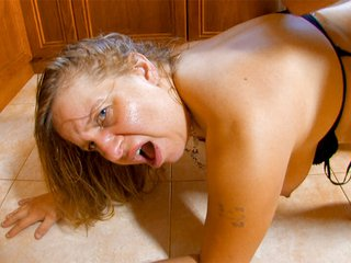 Fat cleaning milf gets fucked in a kitchen