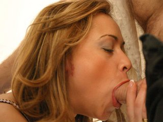 Blow job and pounding in deph for a Latina sex bomb