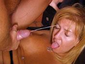 Grosse faciale pour mature sodomite