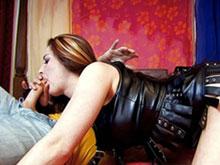 Mature sodomite se desaltere au sperme