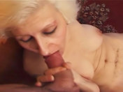 Abuelita perversa haciendo un gang bang sexo video