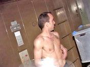 Le fabuleux coursier bandant x video gay