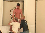 Trio pervers dans un squat video sexe gay
