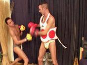 Deux boxers baisent au lieu de se battre ! x video gay