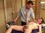 Keanu le sportif vicieux lime un médecin passif