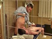 Keanu le sportif vicieux lime la rondelle d'un médecin passif ;-)