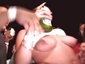 Sensazioni calde! video porno