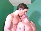 Una clase de mamadas para una pareja perversa video sexo gay