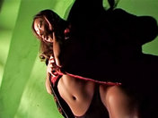¡Una hermosa asiática alta y delgada acariciándose para ustedes !  video porno