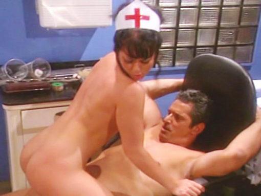 L'infirmière Jewel de' Nyle se fait troncher à l'Hopital par Herschel Savage !