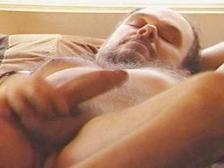 Téléchargement de Il se branle dans sa chambre