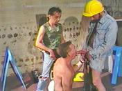 Touze d'ouvriers au chantier video x gay