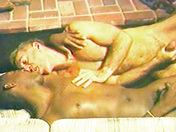 Un couple moderne sexe video gay