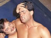 Beau combat entre beaux-mâles !!! x video gay