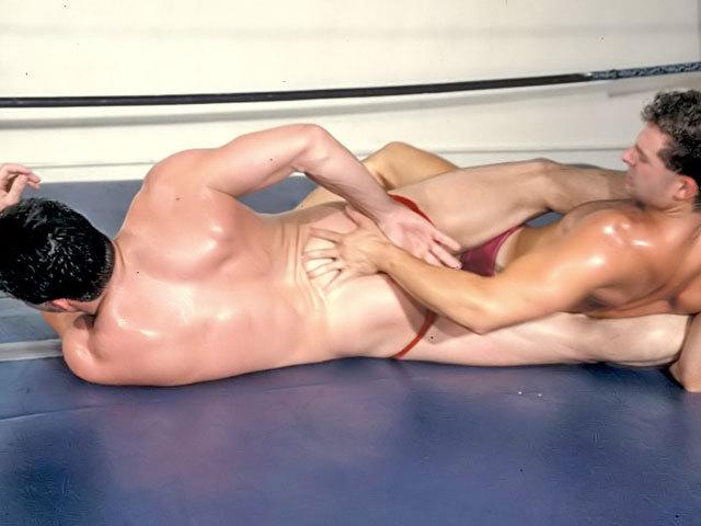 Umiliazione sportiva tra lottatori !