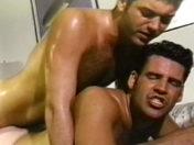 Baise entre keums cho du zgeg ! sexe video gay