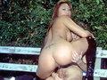 Un puceau se fait baiser par une Fée dans un parc !!!