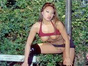 Un virgen se hace follar por una Fe en el parque  videos porno