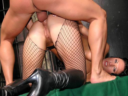 Dernier plaisir anal avant la chaise électrique ! video sexe