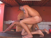 Kémal se fait déchiqueter l'anus par un keuf porno video gay