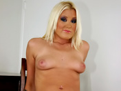 Sexually aggressive blonde is taught how to behave ;-)!