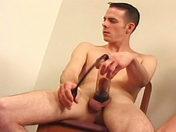 Concours de pompes entre le sergent et les troufions porno video gay