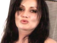 Top Model Latina adorant se faire baiser !